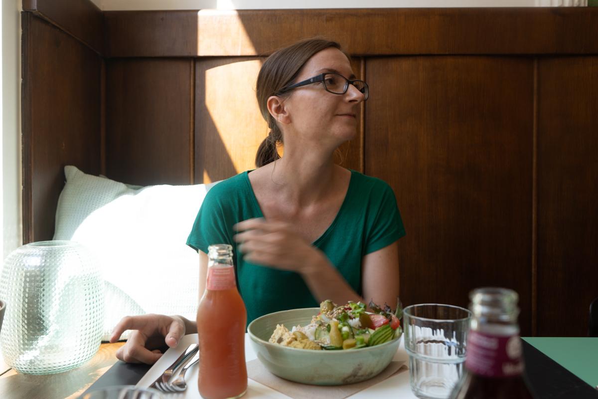 Glutango beim Essen im Boon Gent