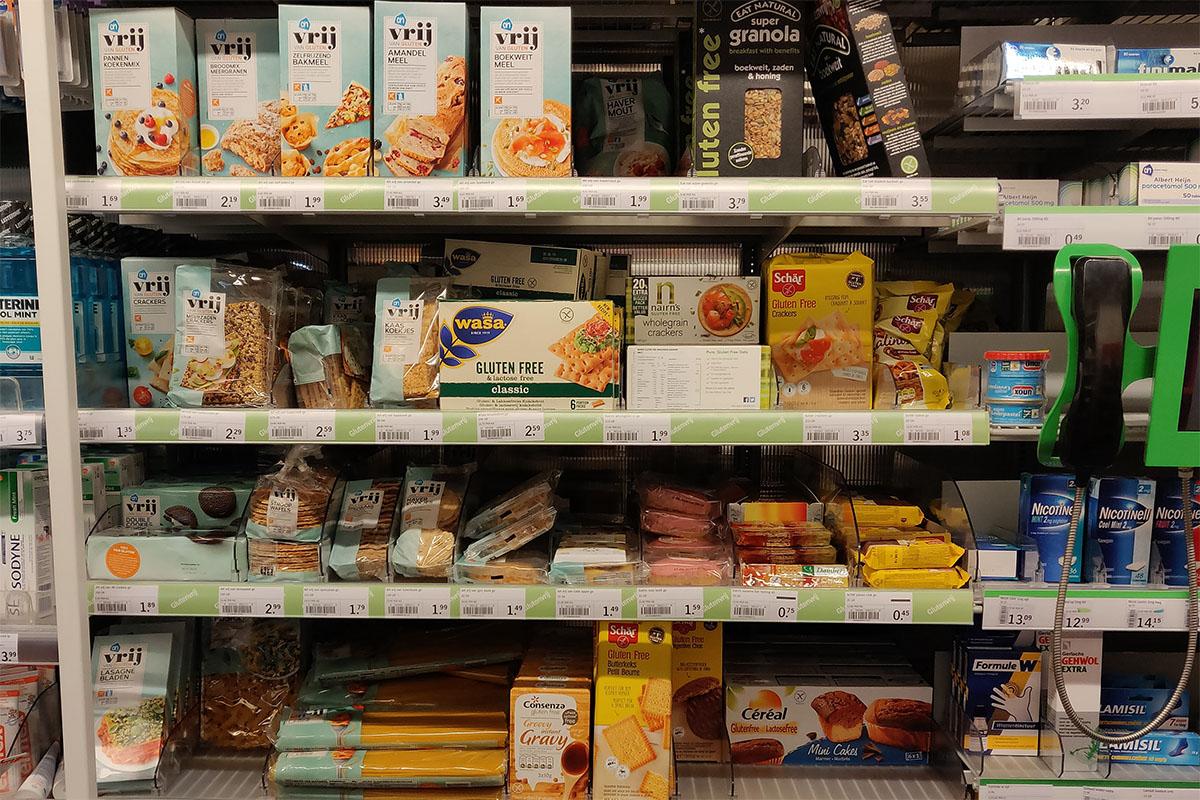 Glutenfreie Lebensmittel im Supermarkt in den Niederlanden